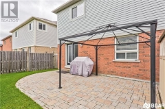 Real Estate -   20 CONNAUGHT Lane, Barrie, Ontario -
